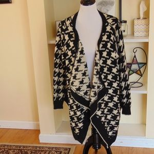 *388 36 Point 5 Open Draped Hounds tooth Cardigan